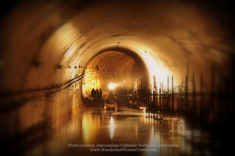 Tunnel Borbonico Rafting